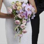 Wedding flower glossary: Cascade wedding bouquet